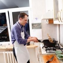 """""""Pasaulio virtuvėje"""" lankėsi kulinaras iš Niujorko ir filmo herojė su šeima"""