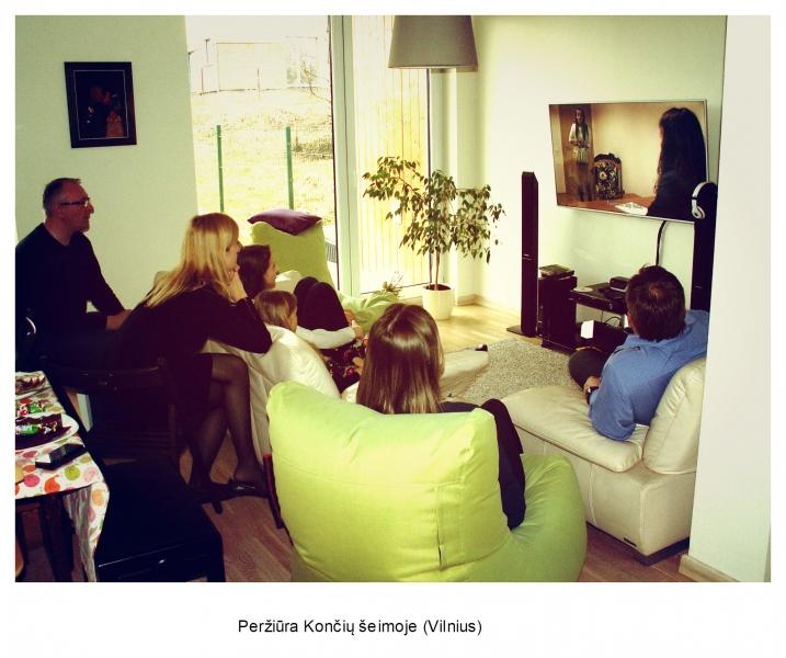 Peržiūra Končių šeimoje, Vilnius (Jūratės Končiuvienės nuotrauka)